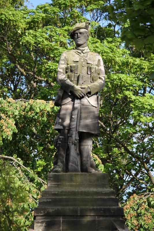 Methil War memorial